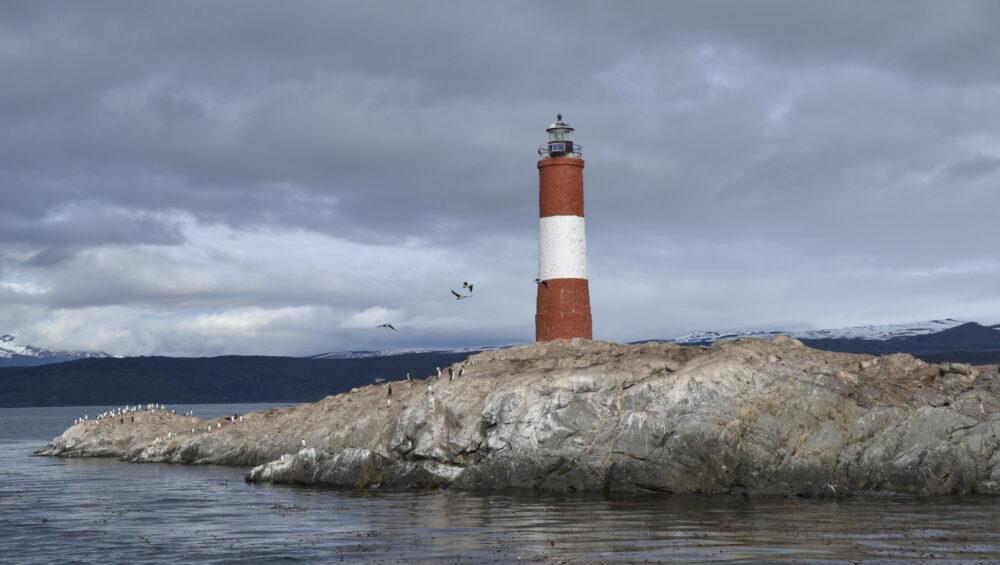Faro Les Eclaireurs en Canal Beagle